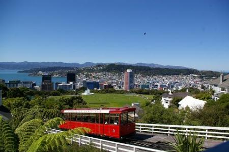 No wonder Wellington is a sister city to San Francisco with its earthquakes, hills and a trolly car.